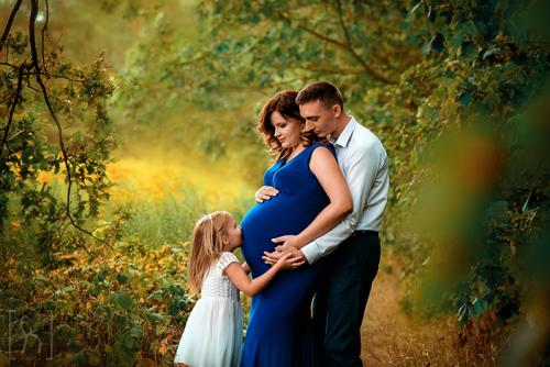 sesja-rodzinna-ciążowa-z-rodzeństwem-Łódź