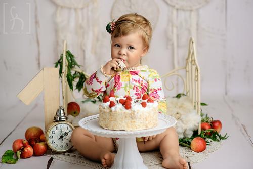 roczek-studio-sesja-smash cake-Łódź-dziecięca