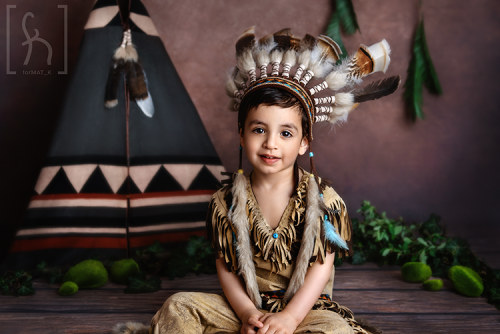 sesja-urodziny-indianin-kostium-pióropusz-fotograf Łódź