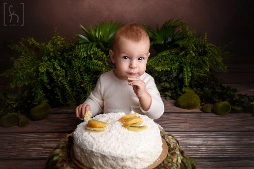 roczek-cake smash-tort na sesji-fotograf łódź