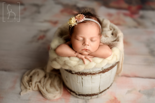 sesja-zdjęciowa-niemowle-noworodek-brzeziny-nowosolna