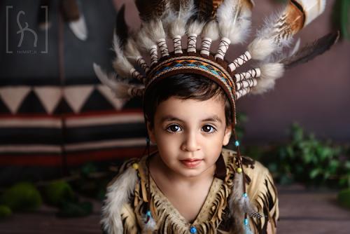 sesja-stylizowana-indianin-dwa latka-urodziny