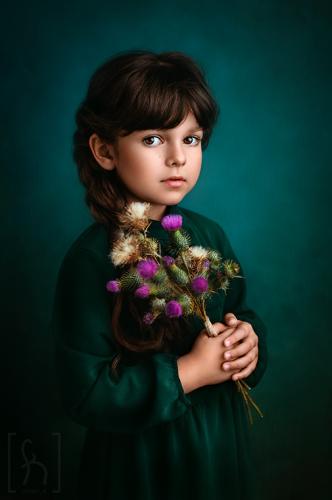 zdjęcia-dziecięce-portret-kwiaty-dziewczynka-Łódź